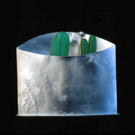 5.27 'Brooch' 1986. white metal, chrysoprase, green agate, rock crystal