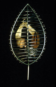 5.51 'A Sense of Place - Park City' 1997. Brooch; white metal, acorn, feather, base metal