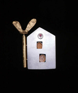 5.58 'Love Nest' 1997. Brooch; white metal, ruby, moonstone, gold plate