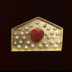 5.64 'House' 2003. Brooch; white metal (gold plated), cultured pearl, sponge coral