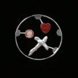 6.11 'Love Kit' 2001. Brooch; white metal, cameo, cultured pearl, sponge coral