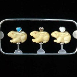 6.15 'Ménagerie et Trois' 2003. Brooch; white metal, bone, turquoise, 18ct y gold, moonstone