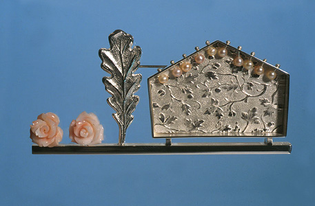 7.1 'Summer House' 2003. Brooch; white metal, coral